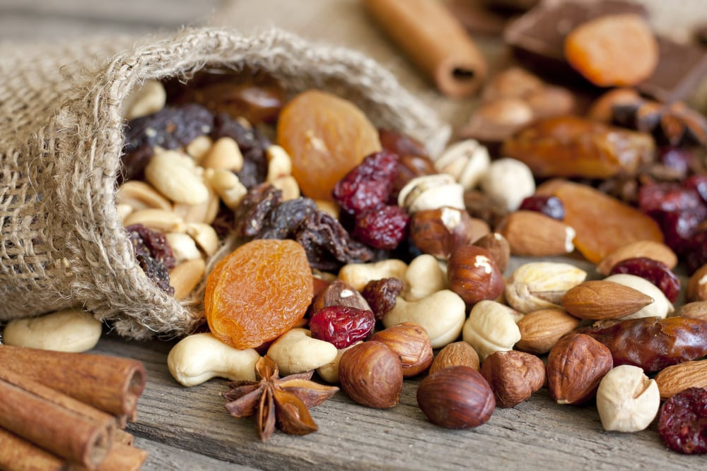 dried fruit nut mix
